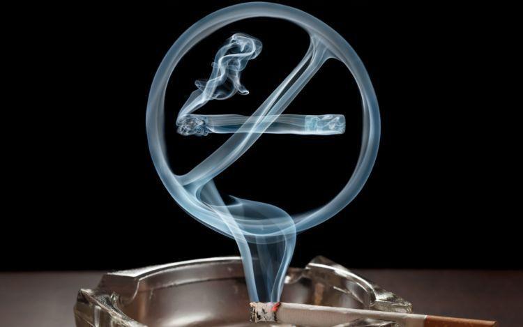 Slogan Dilarang Merokok Diabaikan, Sungguh Miris!